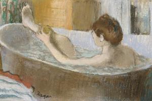 Эдгар Дега. Женщина в ванной, моющая ноги
