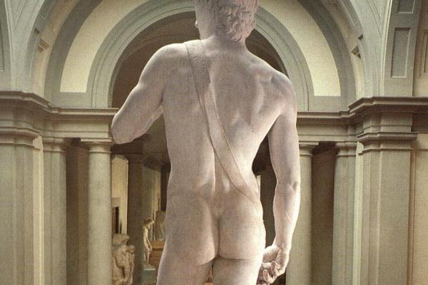 Микеланджело Буонарроти. Давид. Вид сзади