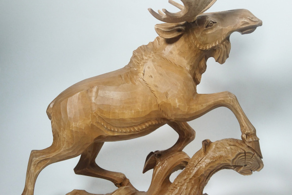 Masnavi Akhmatsiaev. Elk running