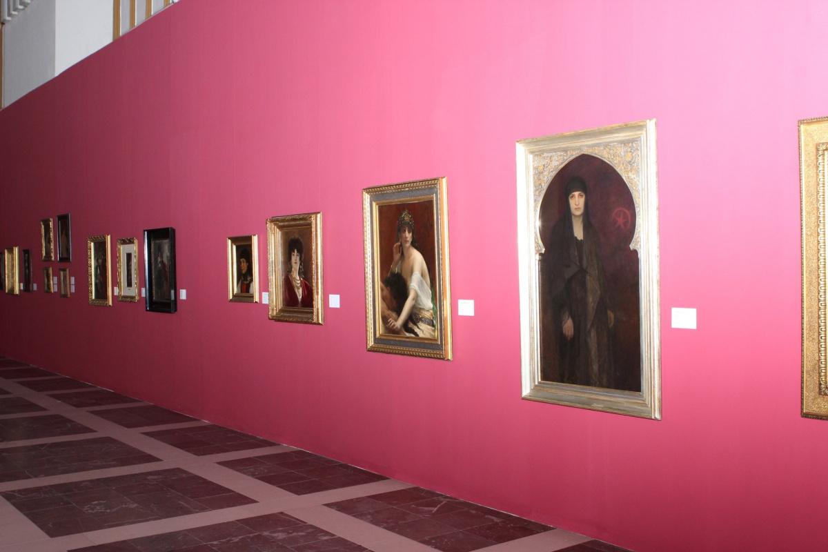 Выставка уникальных шедевров Альфонса Мухи в обрамлении  работ Кабанеля, Марольда, Купки - в старинном чешском замке