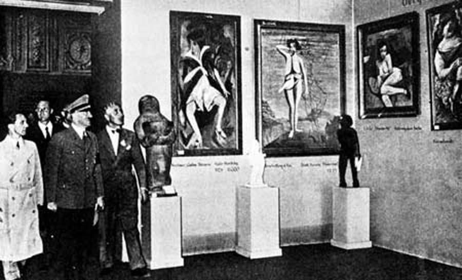 """Топ-10 арт-скандалов года: коллекция нацистов, """"свинский"""" плагиат, наброски Ван Гога и голые художницы"""