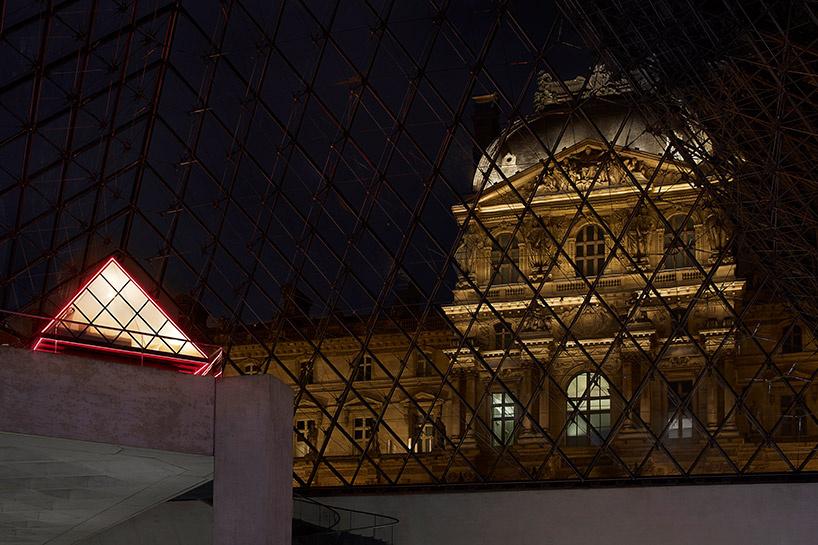 Выпивка с Моной Лизой: студентка провела особую ночь в Лувре