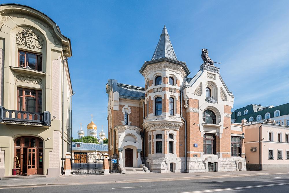 Kekusheva's mansion on Ostrozhenka. Architect Lev Kekushev. 1900/1901—1903, Moscow. Initially, the s