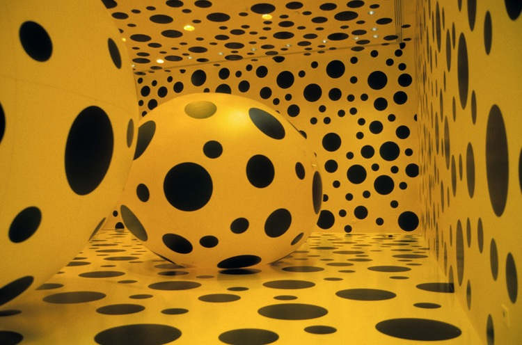 Яёи Кусама. Проект «Dots Obsession»