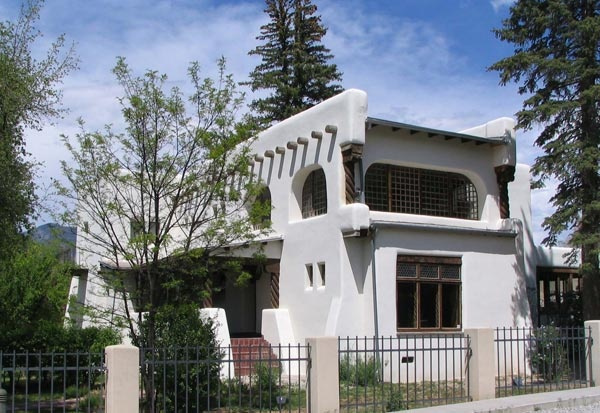 Дом, который построил Фешин: русский американец и его работы, вернувшиеся в Таос