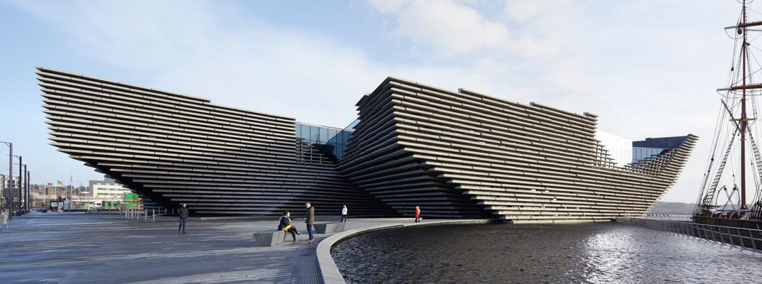 Ещё один претендент наLCD Awards за лучшую архитектуру - музейV&A Dundee в Шотландии. Источник:va