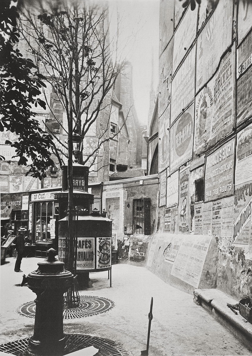 Historical photos. Posters in Paris in 1900