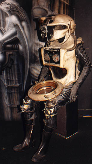 Hans Rudolph Giger. Humanoid