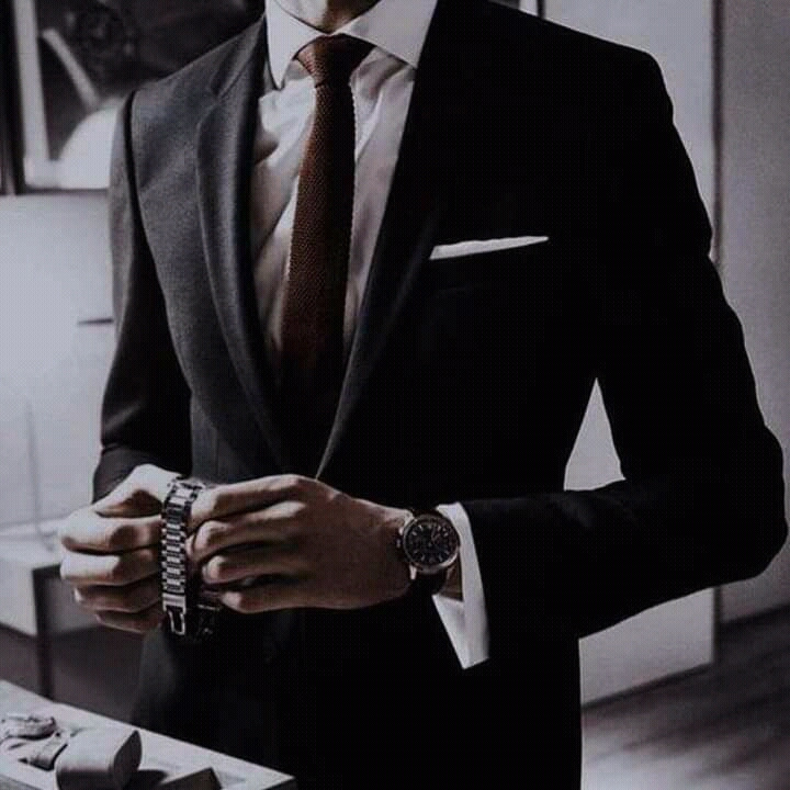 Ozawa. Gentlemen in elegant suits