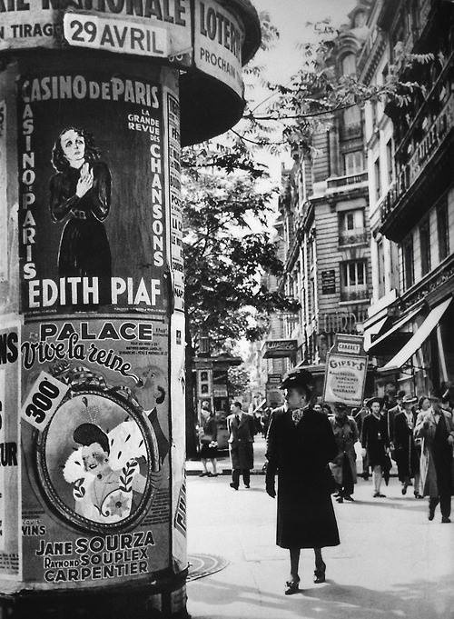 Historical photos. Posters in Paris