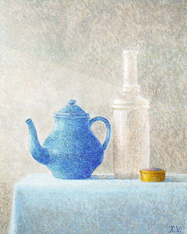 Javier Waltz. Blue teapot and bottle