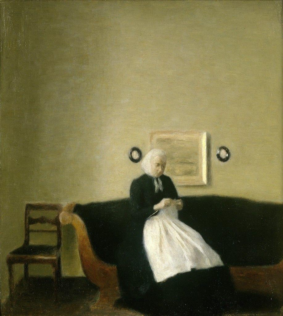 Вильгельм Хаммерсхёй. Интерьер с матерью художника, вяжущей на софе