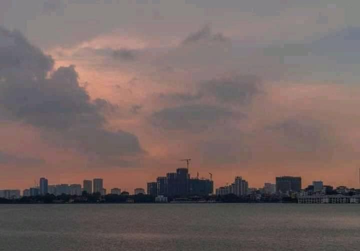 Nguyễn Bá Vương. Afternoon down in the peaceful city !