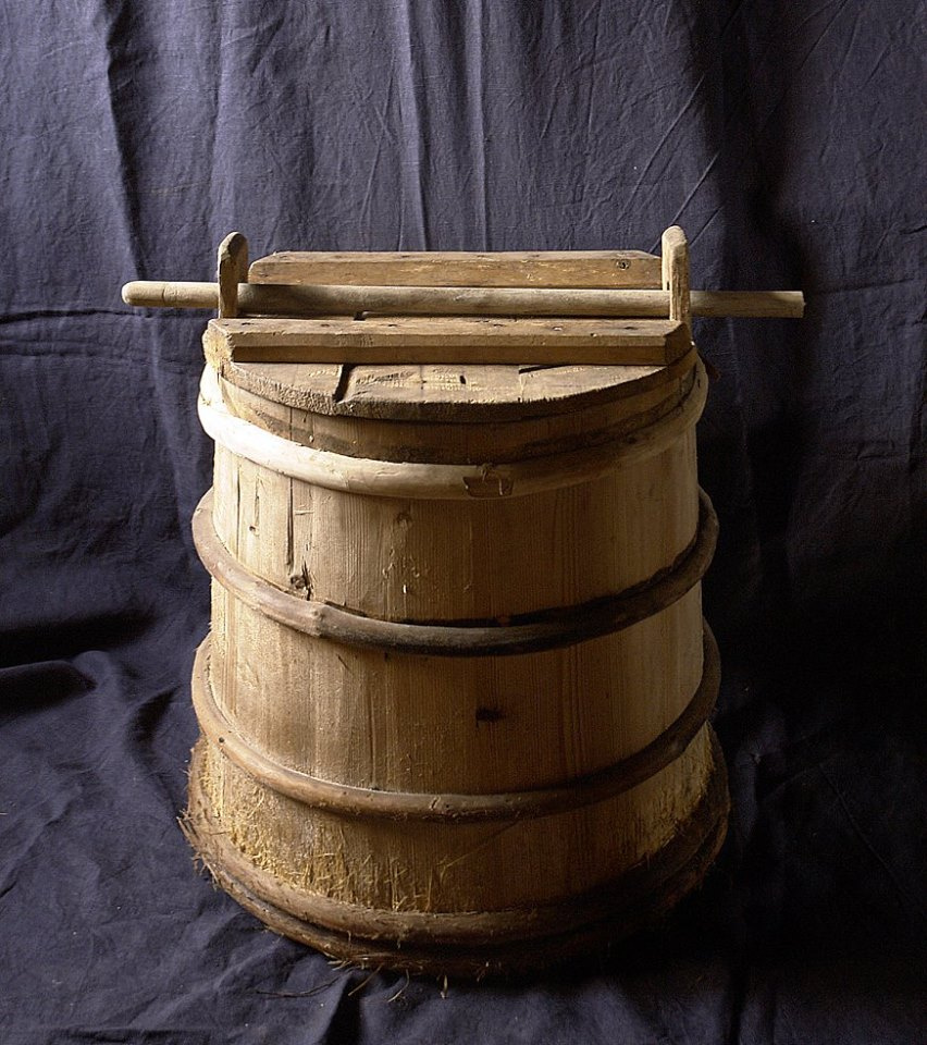 Unknown artist. Barrel