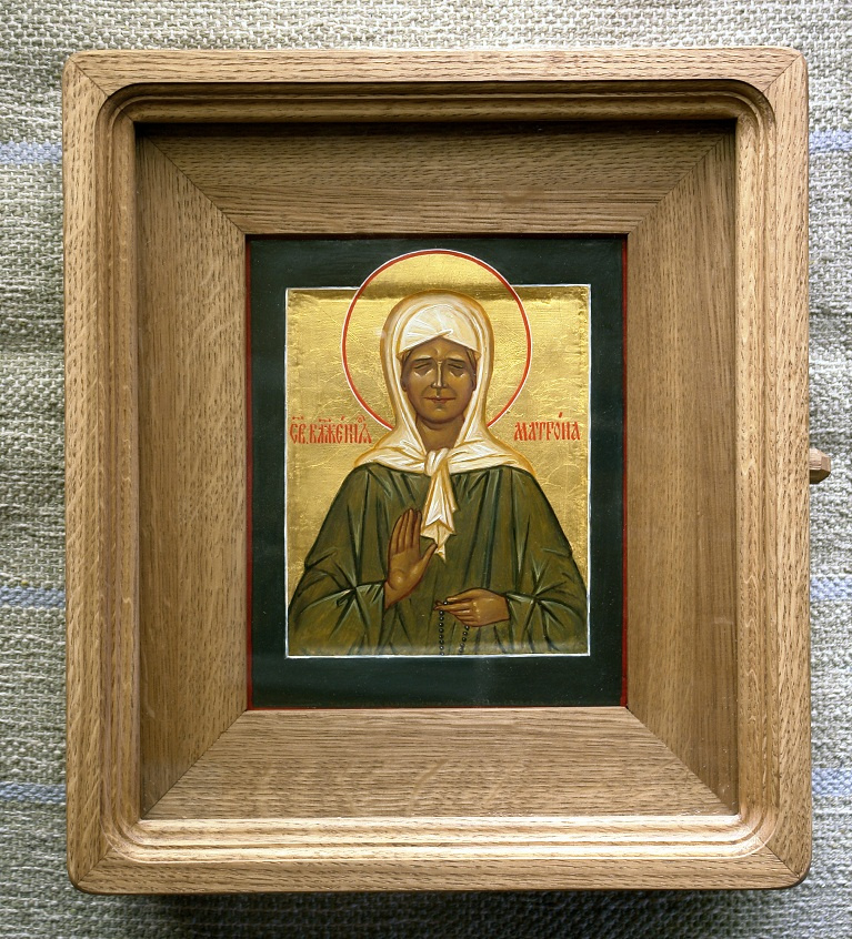 Moscow Icon Painting Workshop. Matrona of Moscow 21х17,in oak case книжка35х30 Board with the ark, and the two dowels, canvas, gesso, gold, oil, lacquer