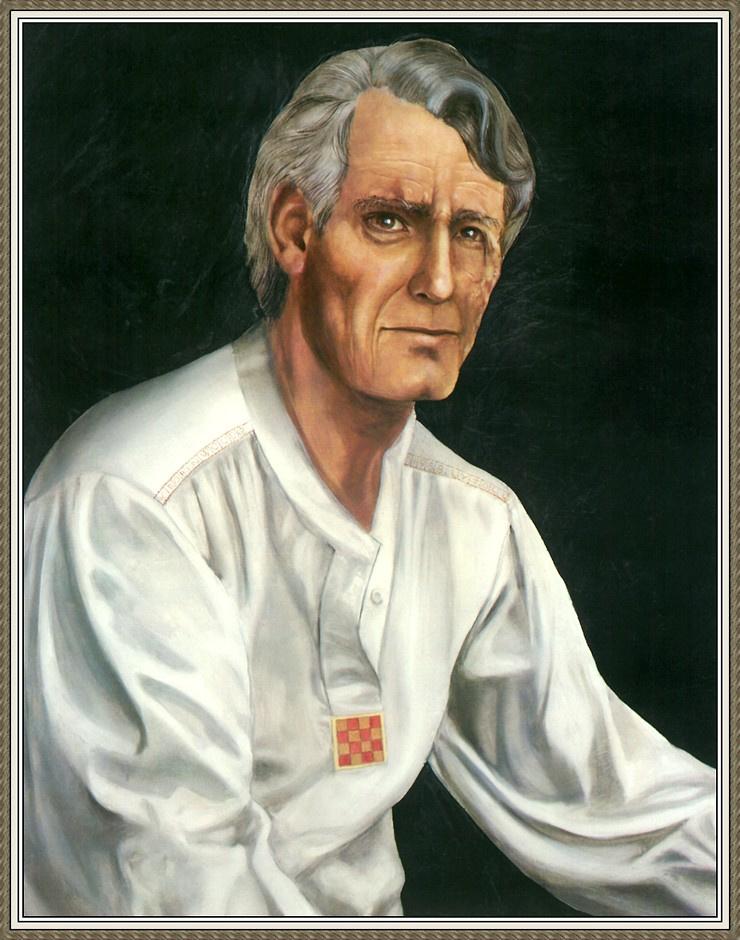 Робин Вуд. Пожилой мужчина в белой рубашке