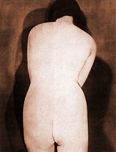 Ман Рэй. Стоящая обнаженная, вид со спины