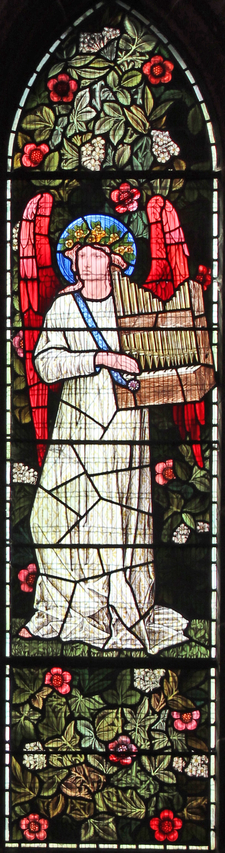William Morris. Angel with a portable organ. Window of the Church of St. Nicholas in Halwood