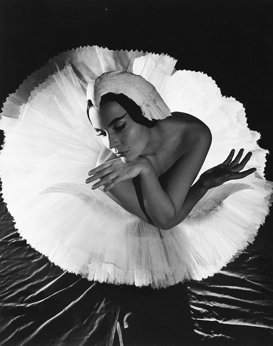 "Serge Lido (Sergey Pavlovich Lidov). Lyudmila Cherina. Dance of the dying swan, ballet ""Swan Lake"""