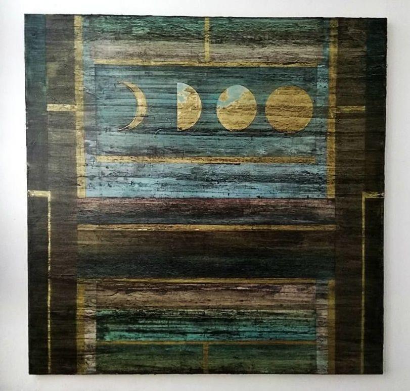 Roman Molvo. Increscent moon