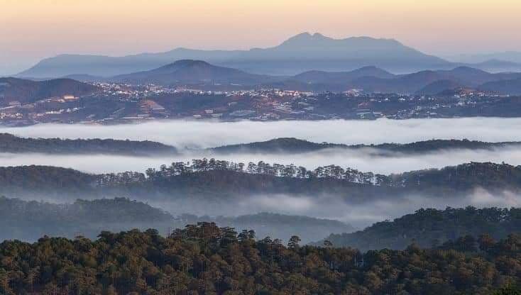 Kukuh Rianto. Enjoying Morning Sunrise Scenery