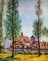 Вид на Морэ-сюр-Луан через деревья