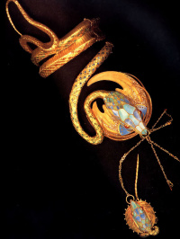 Bracelet (the work of the jeweler George Fouquet's sketch of Alphonse Mucha)