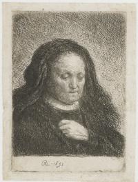 Портрет матери с прижатой к груди рукой