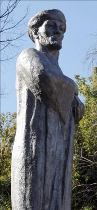 Navoi monument, (view 2)