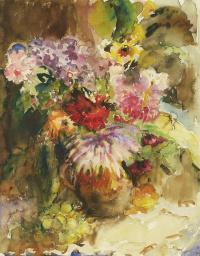 Ваза с цветами и виноградная кисть