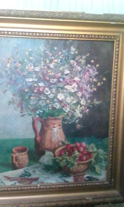 Цветы и клубника