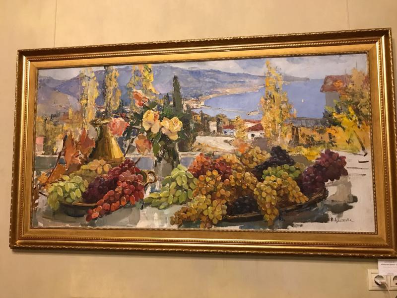 Валентина Петровна Цветкова. Натюрморт с виноградом
