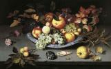 Балтазар ван дер Аст. Натюрморт с фруктами на блюде и раковинами, фруктами и улиткой на столе
