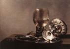 Питер Клас. Натюрморт с бокалом вина и серебряной чашей