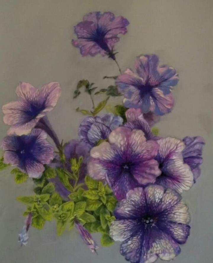 Hope Zudova. Petunia