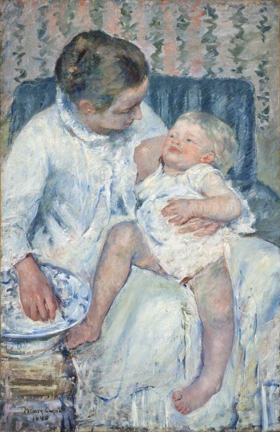 Mary Cassatt. Baby bathing