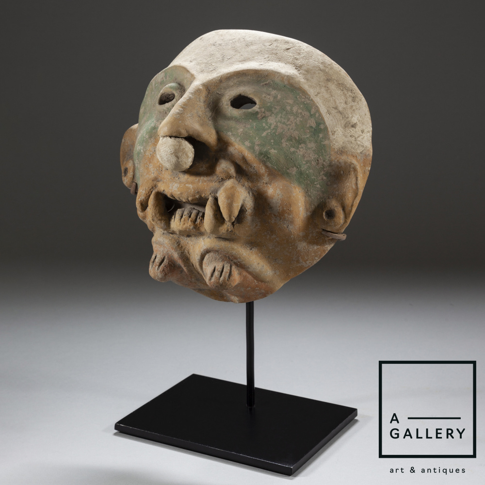 Maska, Jamakoa culture, Ecuador, circa 500 AD
