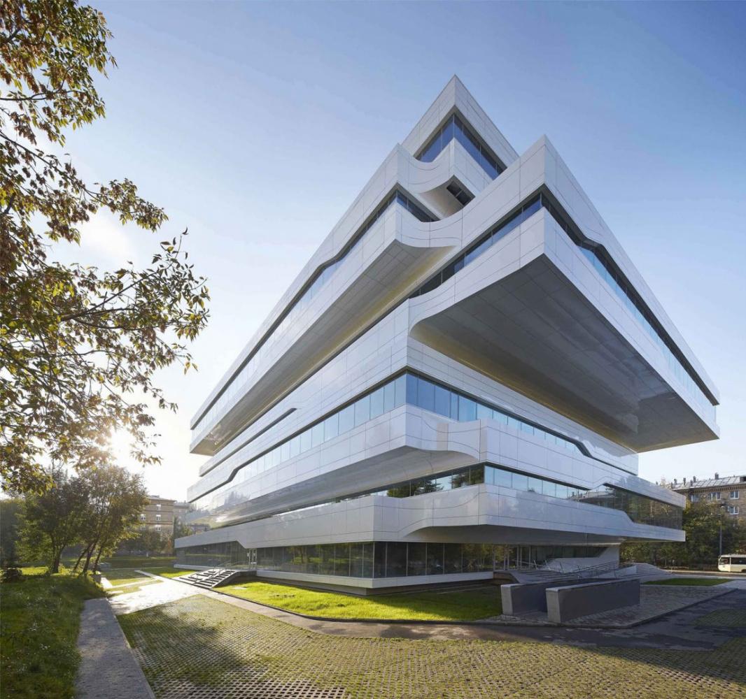Zaha Hadid. Dominion Tower Business Center