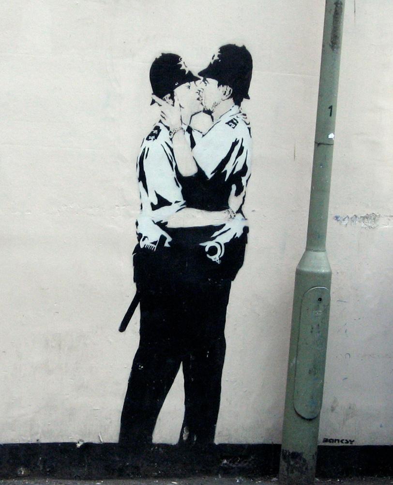 Banksy. Kissing Constables