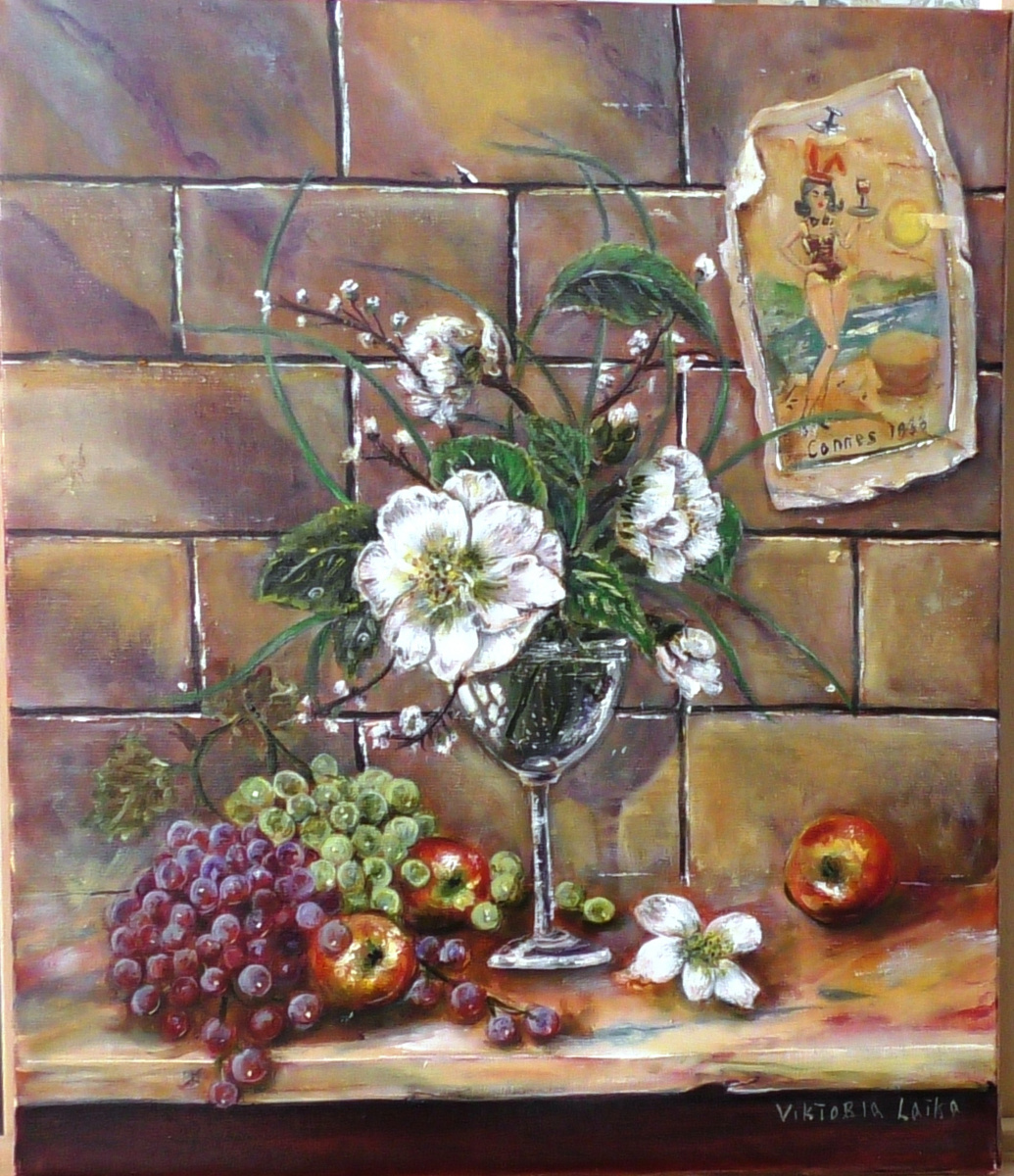 Victoria Latka. AUTHOR'S STILL LIFE WITH WHITE FLOWERS
