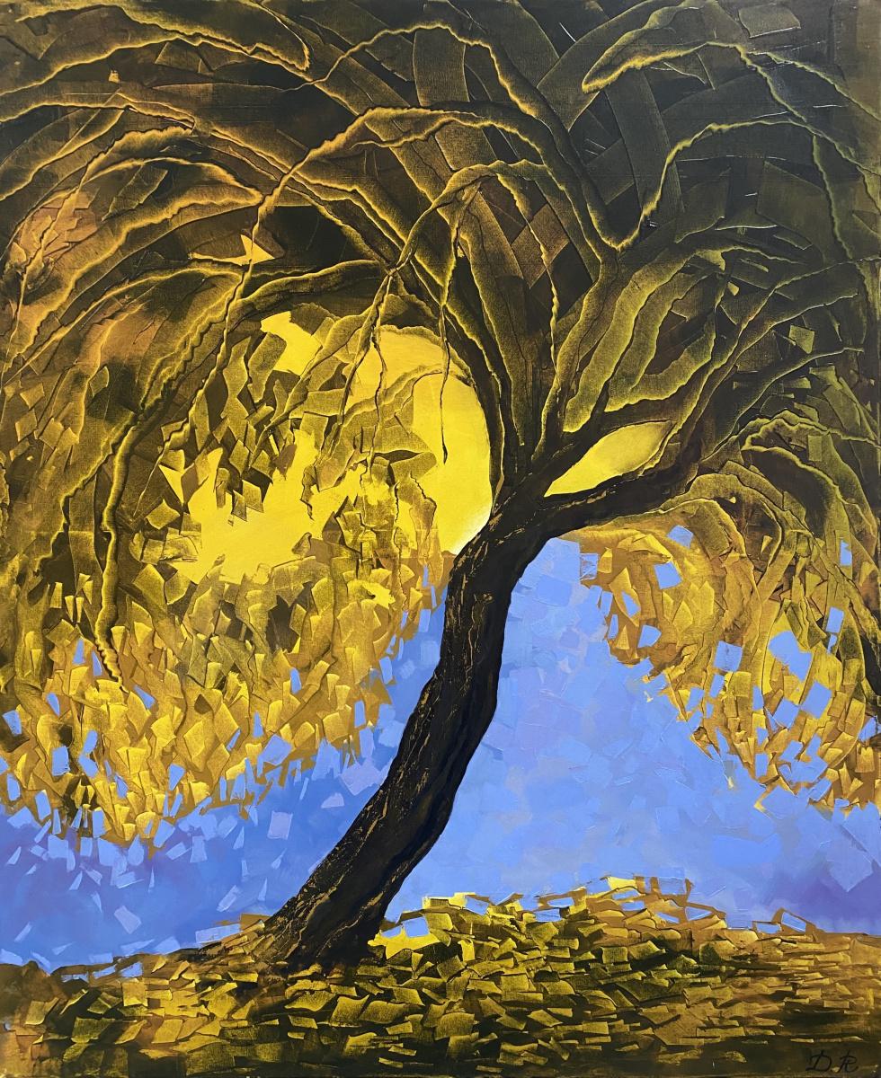Ruzana Mukhamedovna Datsirkhoeva. Tree hut
