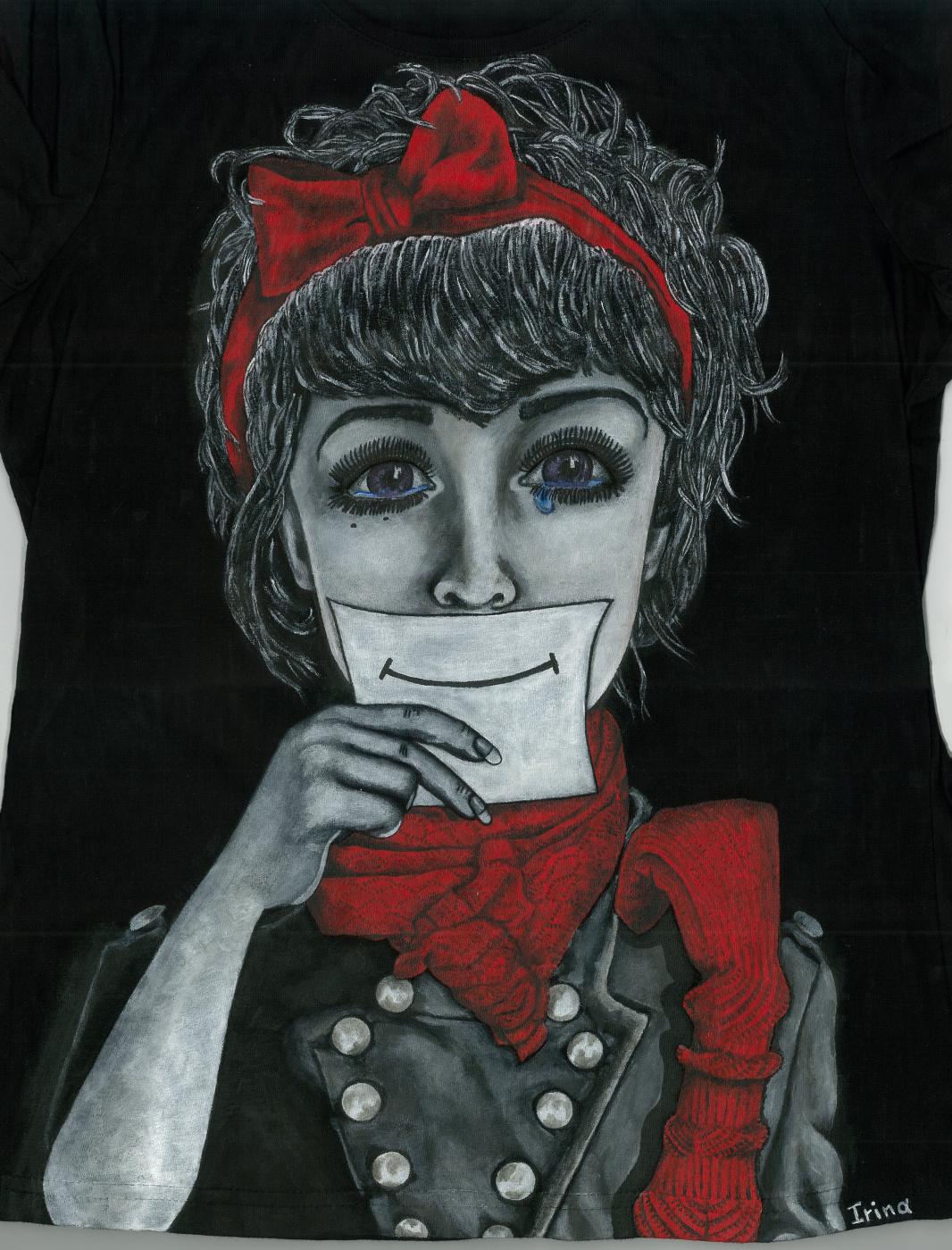 """Ирина Владимировна Хазэ. T-shirt """"Smile"""" with handmade painting"""