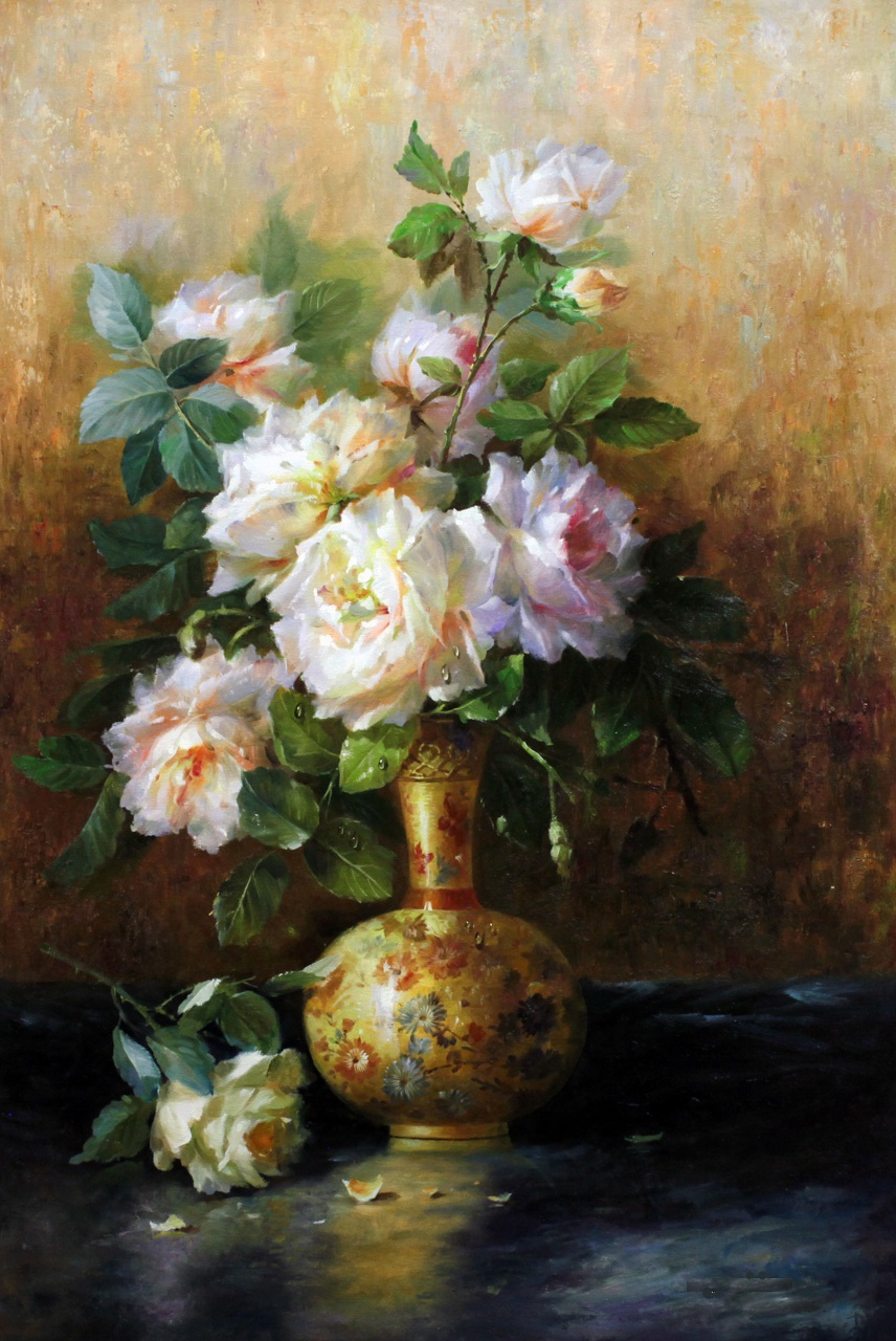 Savely Kamsky. A bouquet of roses in a golden vase