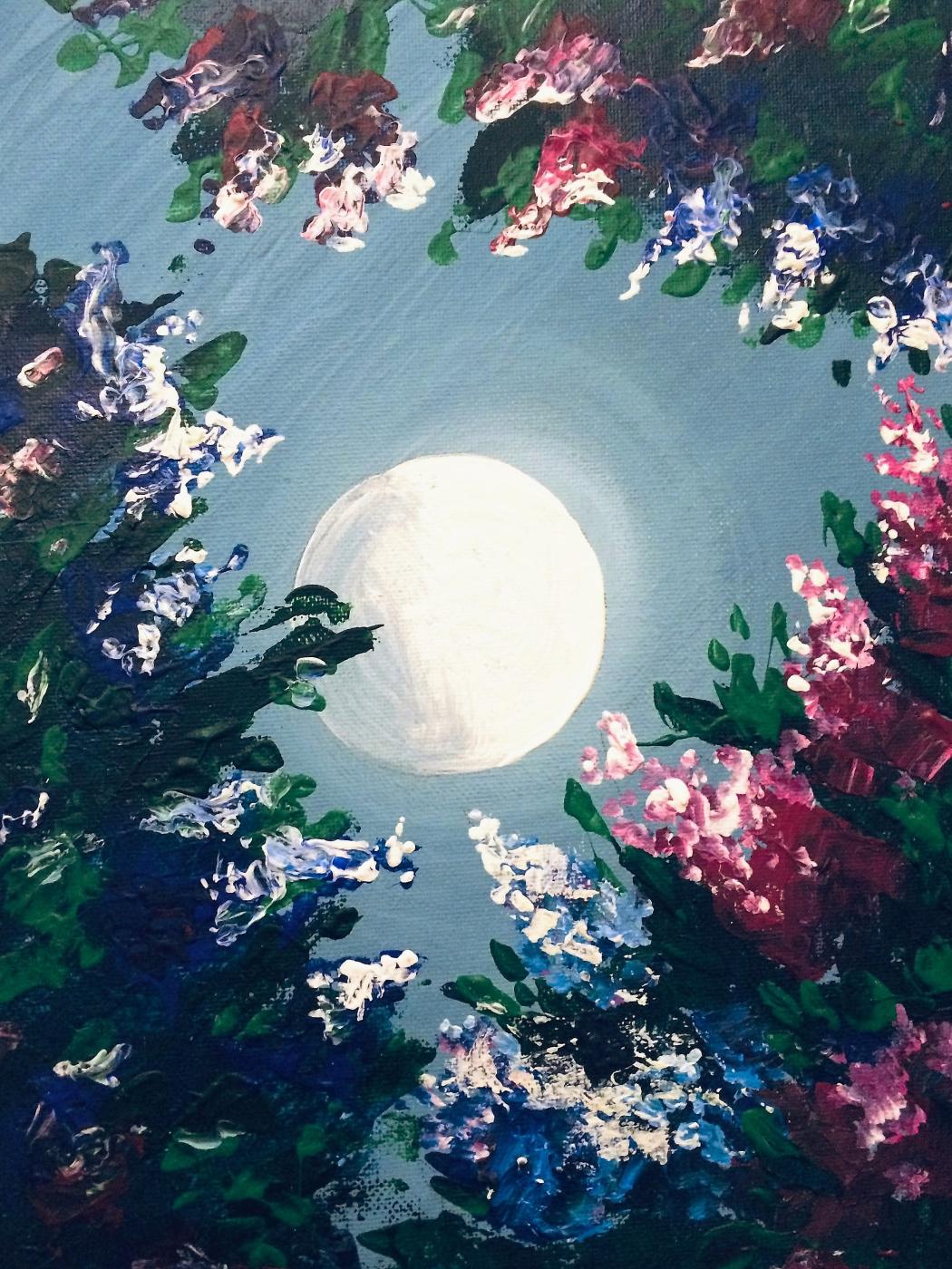 Igor Vladi Kuznetsov. Life hides in flowers