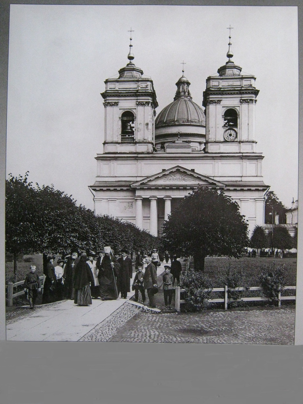 "Алексей Гришанков (Alegri). ""Metropolitan Vladimir on a walk, St. Petersburg"" (from the photo of the beginning of the 20th century)"