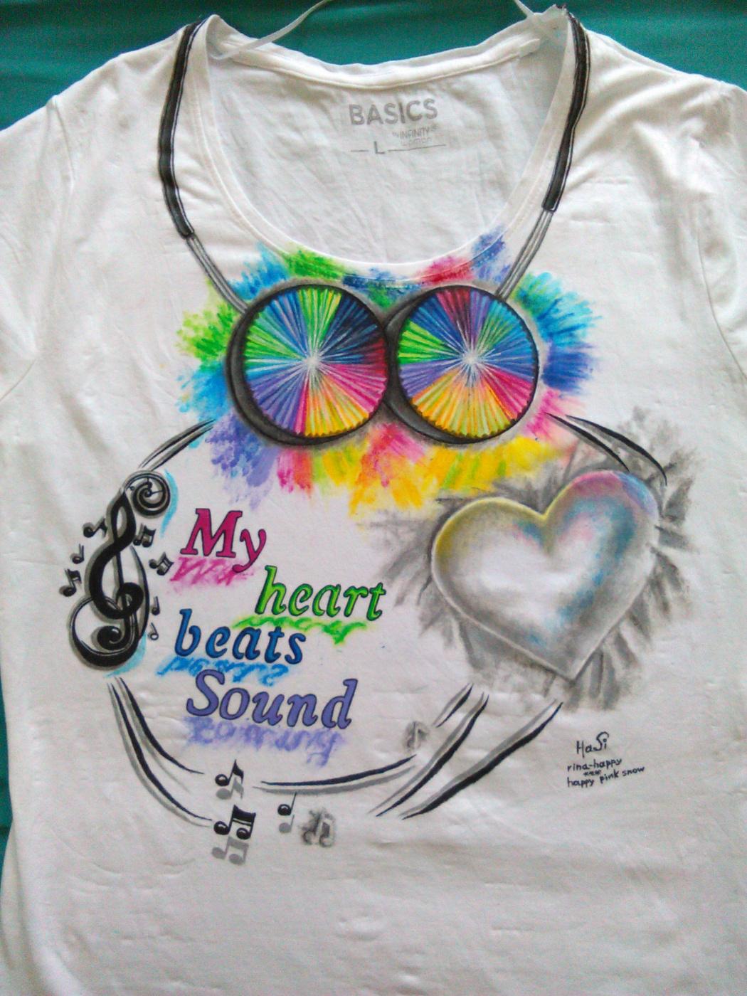 """Ирина Владимировна Хазэ. T-shirt """"My heart beats sound"""" with handmade painting"""