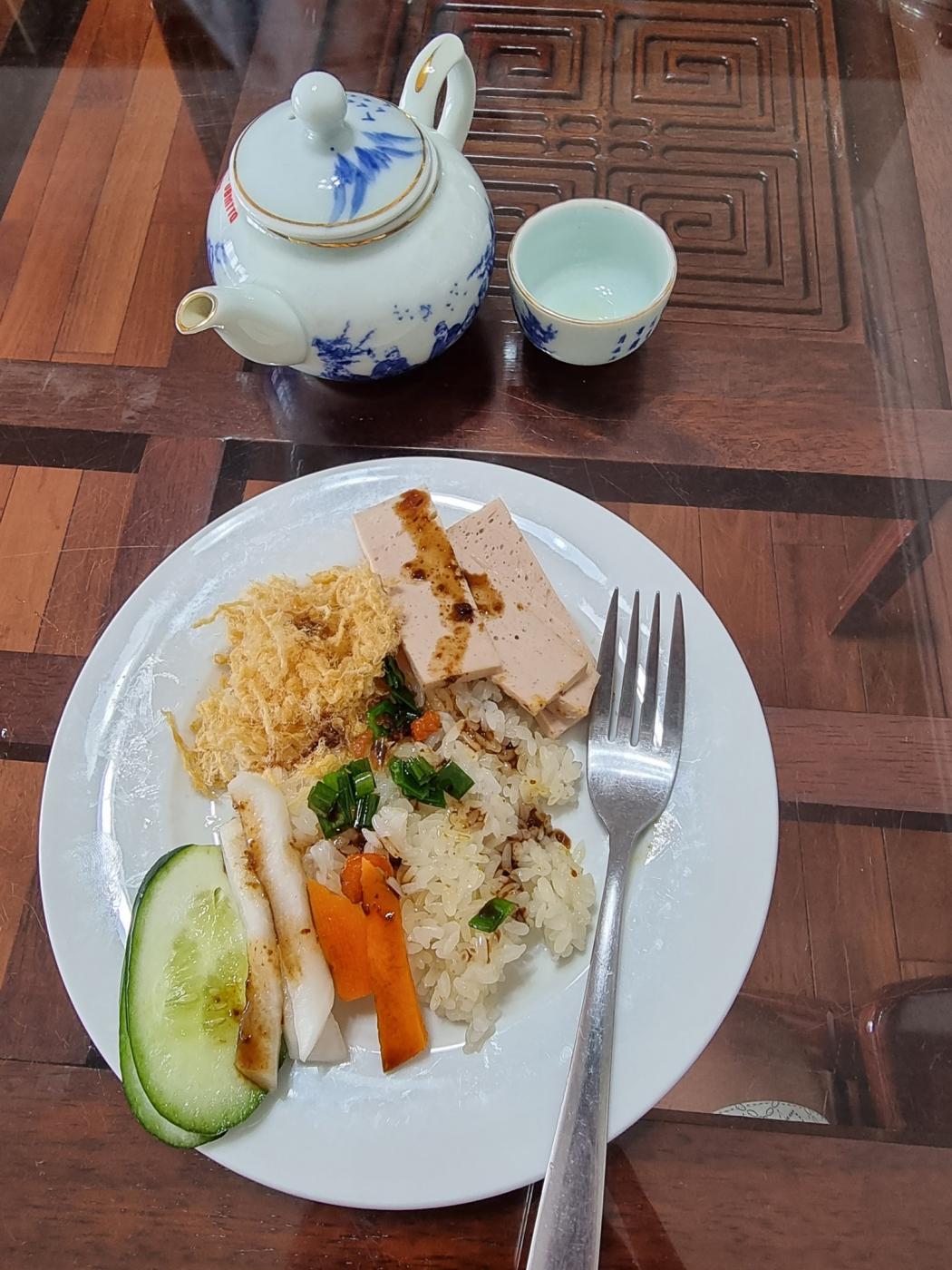 Hoa Nguyen. Morning energy