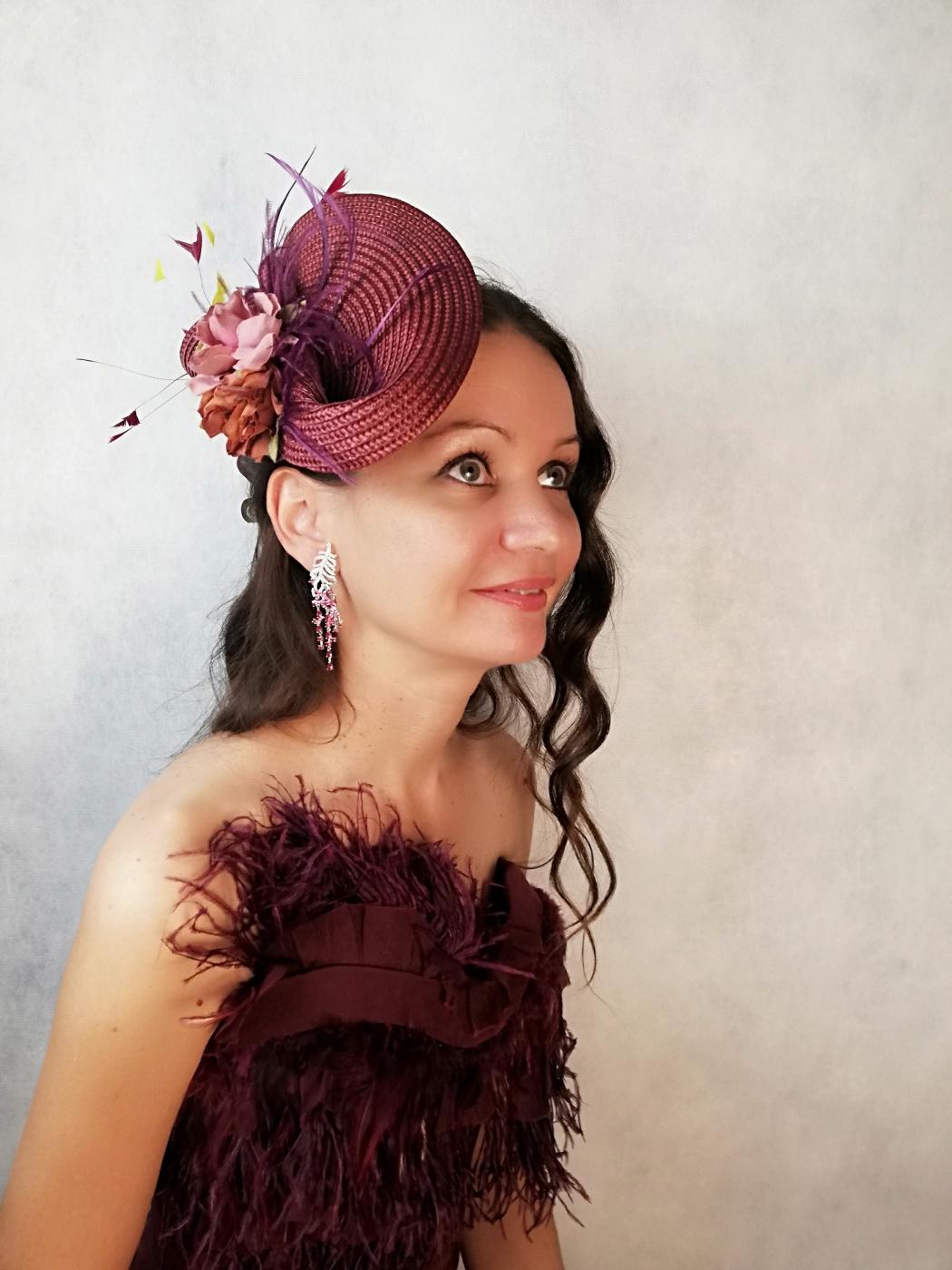 "Natalia Vladimirovna Solntseva. Hat ""Three roses"""