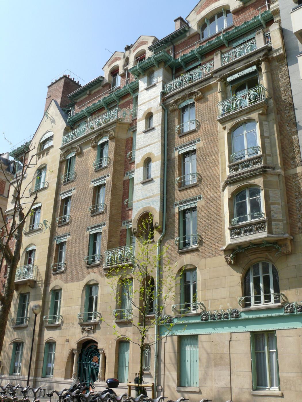 Hector Guimard. Castel Beranger, Paris