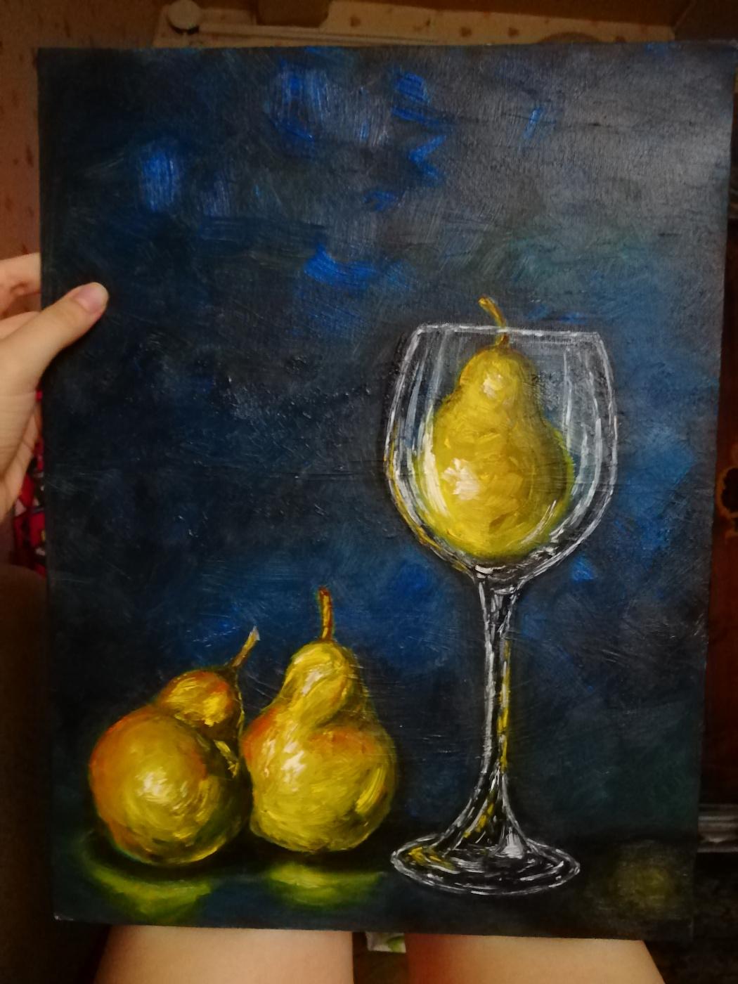 Nadezhda Alexandrovna Khozina. Love for glasses ... and pears